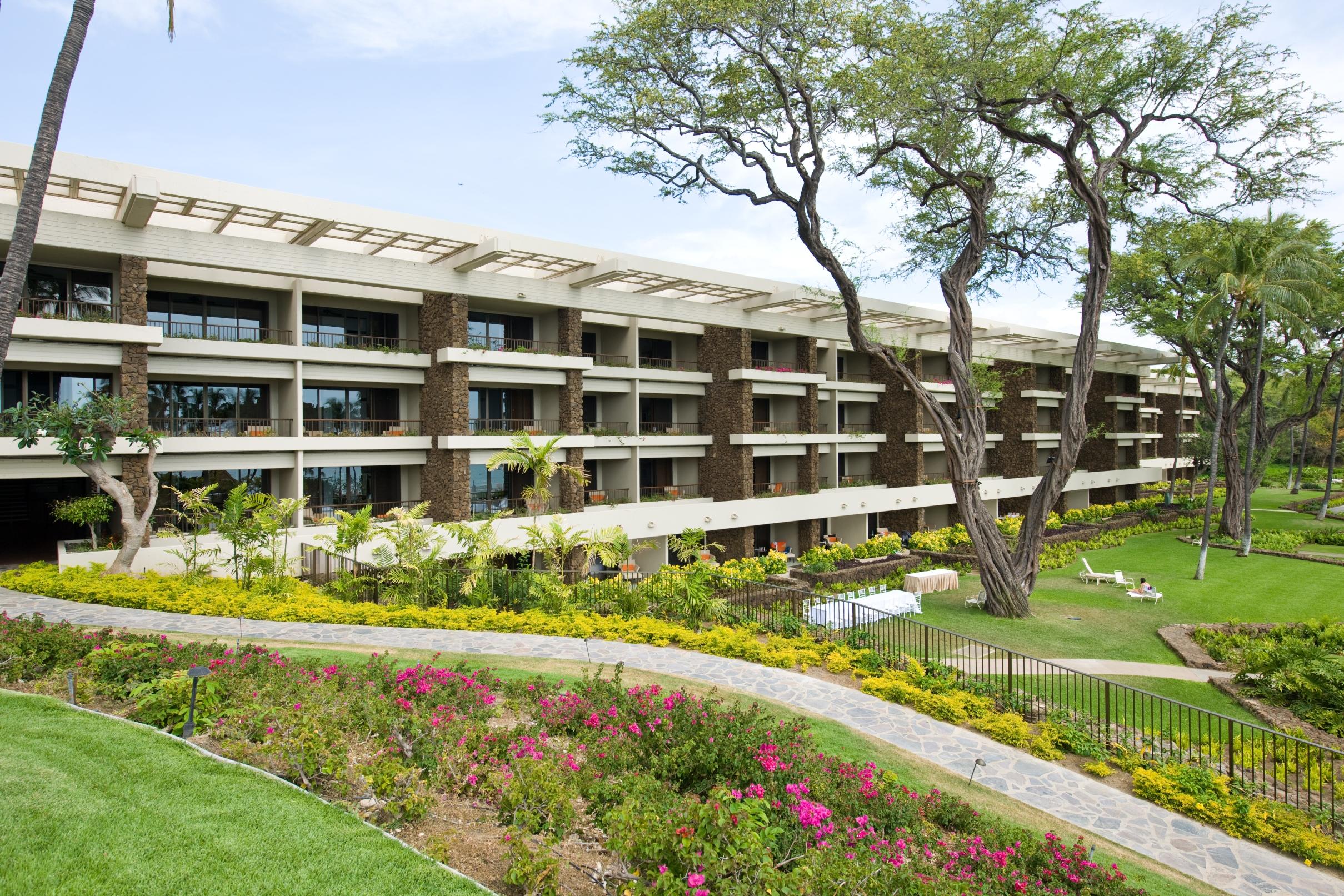 Mauna kea beach hotel renovation hdcc for Hotel design kea